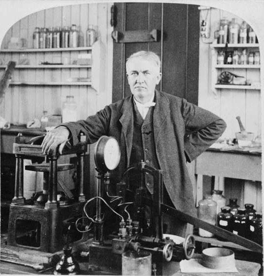 ����� ������ Thomas Edison edison-in-his-nj-laboratory-1901.jpg
