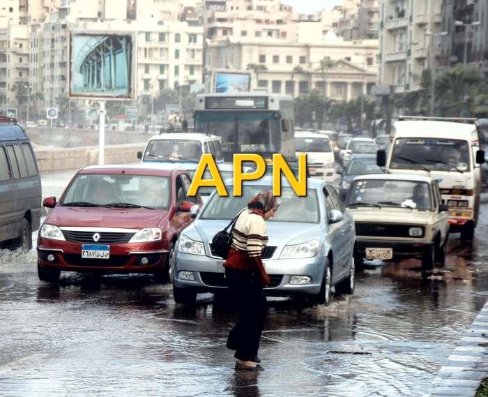 شوارع الاسكندرية تغرق شتاءا
