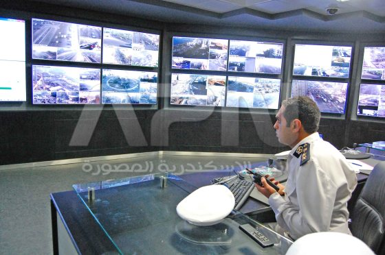 غرفة عمليات المراقبة الآمنية و المرورية