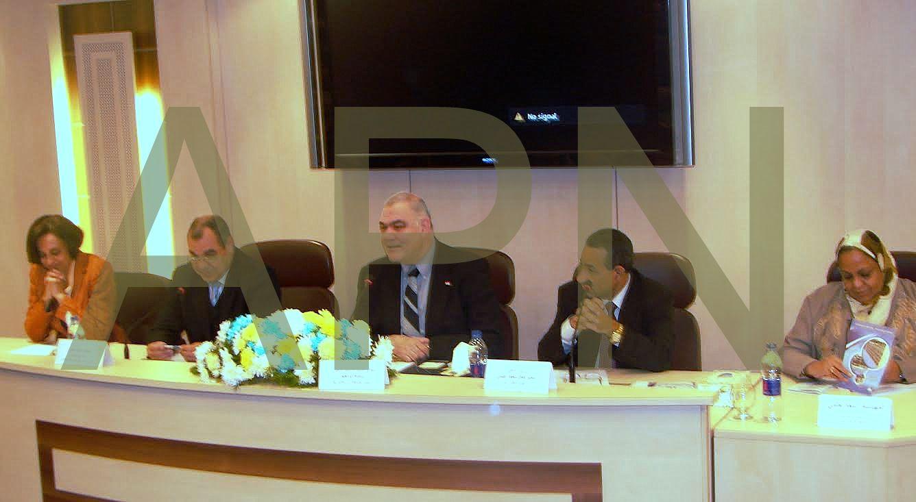 رئيس جامعة الإسكندرية يفتتح مؤتمر نظم