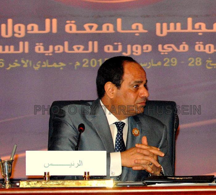 الرئيس السيسي اثناء الجلسة الختامية للقمة العربية في شرم الشيخ - تصوير طارق حسين