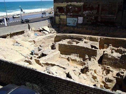ارض مسرح العبد بعد اكتشاف الاثار
