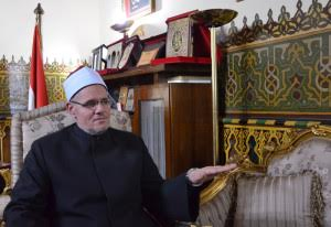 محمد عبد الرازق عمر رئيس القطاع الديني بوزارة الأوقاف